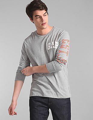 GAP Men Grey Logo Long Sleeve Crewneck T-Shirt
