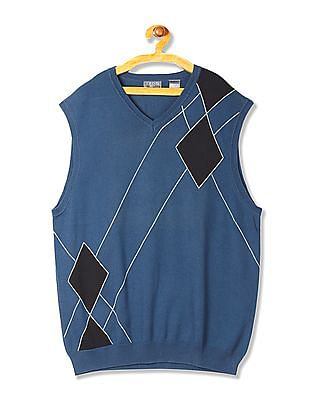 Izod Sleeveless Patterned Sweater