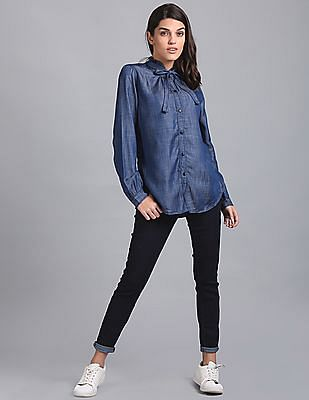 GAP Women Blue Ruffle Neck Tie Up Denim Mesa Shirt
