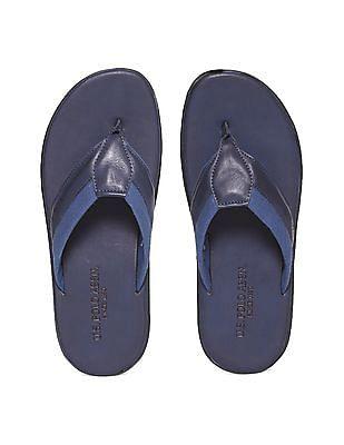 U.S. Polo Assn. Contrast Trim V-Strap Sandals