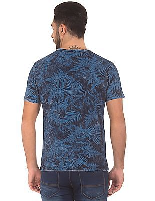 Roots by Ruggers Tropical Print Round Neck T-Shirt