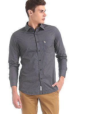U.S. Polo Assn. Blue And Brown Tailored Regular Fit Printed Shirt