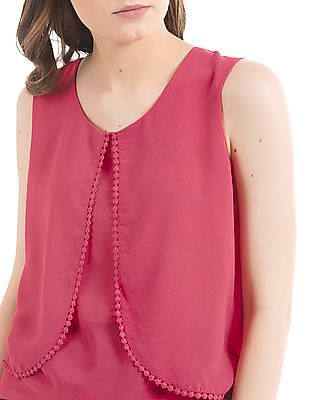 SUGR Panelled Bobble Trim Top