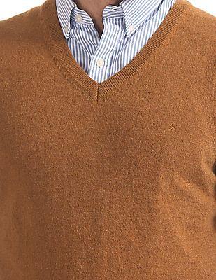 Izod Ribbed Hem Sweater Vest