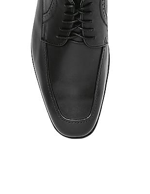 Johnston & Murphy Leather Derby Shoes
