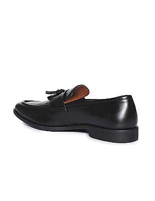 Arrow Tassel Trim Leather Loafers