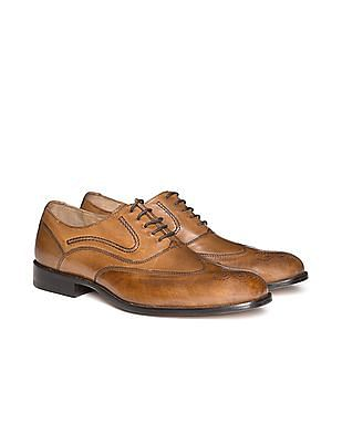 Johnston & Murphy Burnished Leather Wingtip Brogues