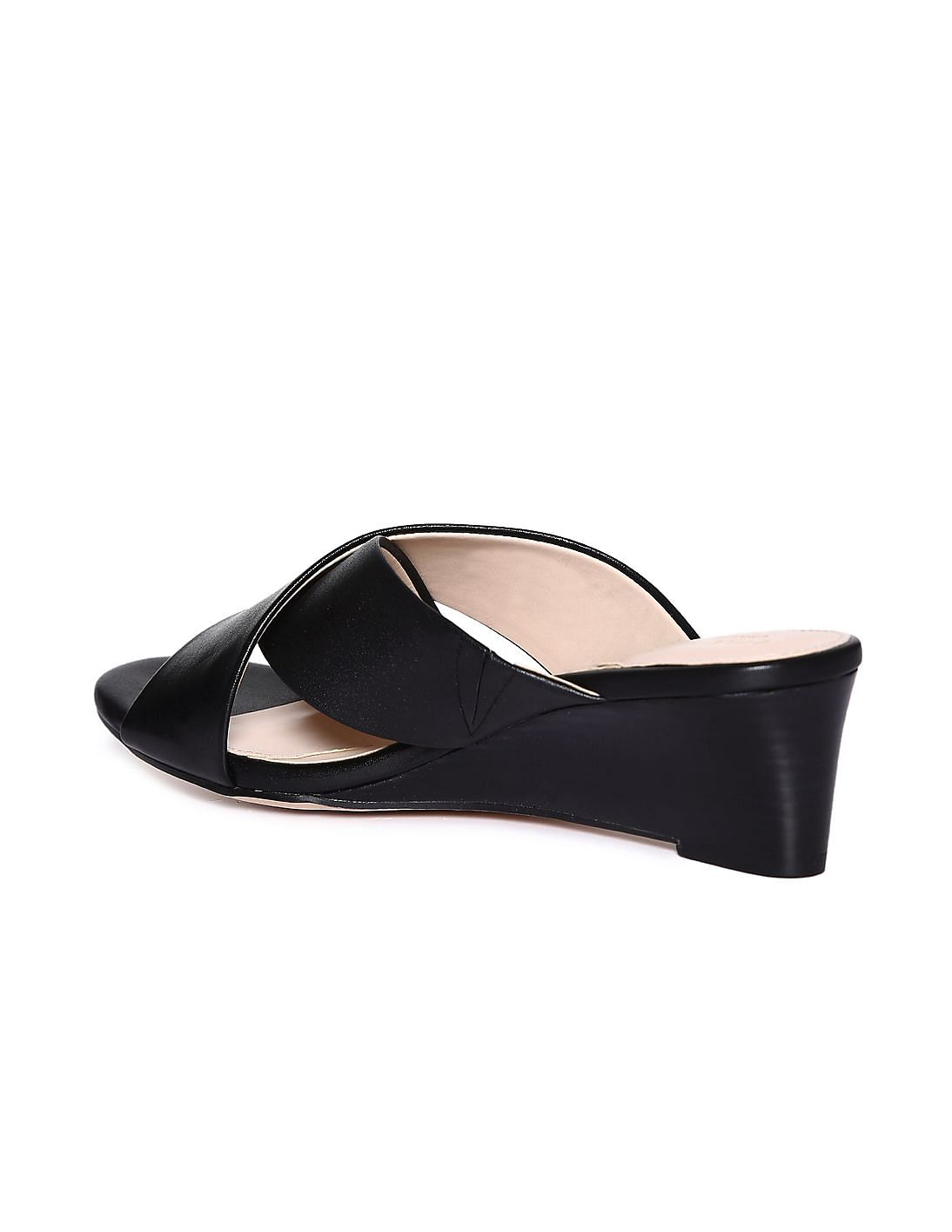 26ca4be94673d Buy Women 1541901605 BLACK Womens Wedges online at NNNOW.com